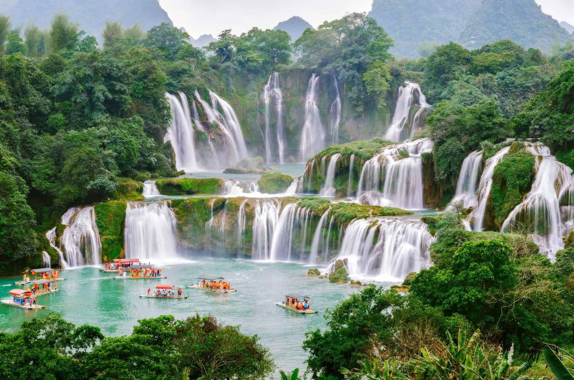 THE 5 DESTINATIONS YOU CANNOT MISS FOR A PERFECT ADVENTURE IN VIETNAM